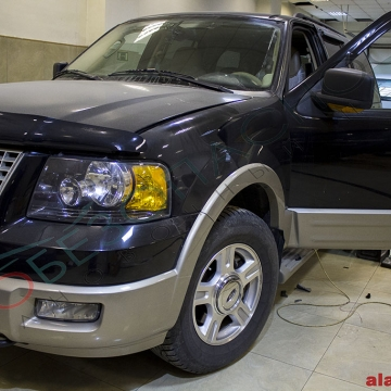 Ford Expedition - PANDORA LX 3297